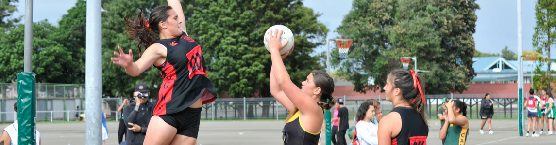 girls playing netball in gisborne, tairawhiti